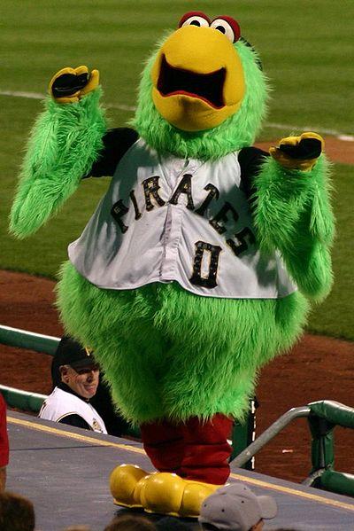 Pirate_parrot_pirates_mascot
