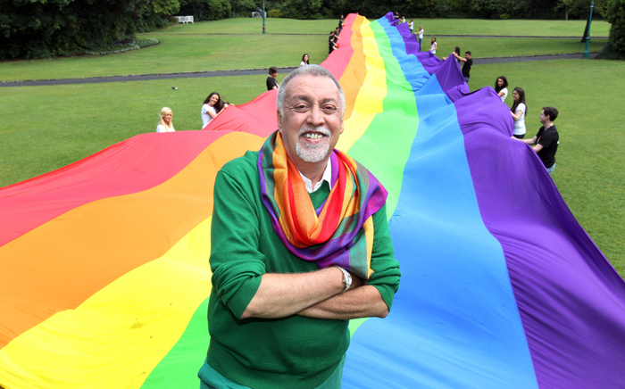 Gilbert Baker (Image Source: http://maxwellphotographyblog.wordpress.com/)