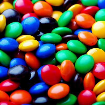 round candies